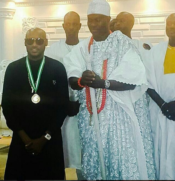 Ambassador Of Peace: Ooni Of Ife Honours 2face Idibia [Photo]