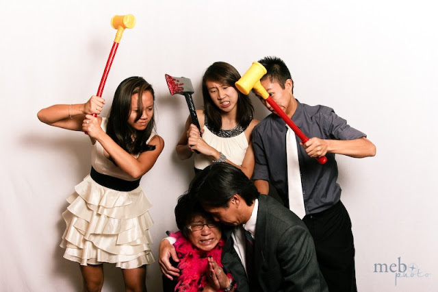 +0856-4020-3369 ; Jasa Photobooth Semarang ~Tips Untuk Pose Berfoto Photobooth!~