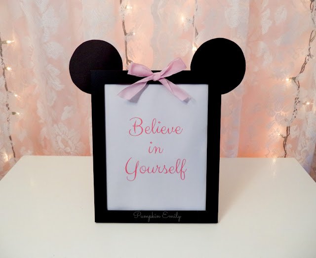 DIY Minnie Mouse Picture Frame