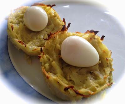 Aardappelnestjes met kwarteleitjes