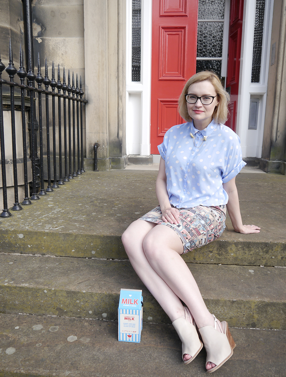 Scottish blogger, edinburgh georgian house, victorian building edinburgh, Scotland summer style, Edinburgh blogger, Scottish street style, quirky street style, dressing to a theme, food inspired outfit, pale girl style,