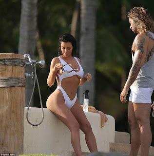 kim kardashian%2Bhot white swimsuit images%2B%252810%2529