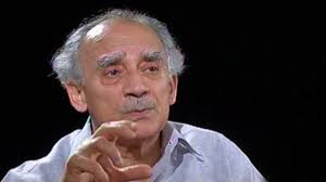 Veteran journalist Arun Shourie has come out opposing Arnab Goswami's call to shut down sections of media, which are allegedly pro-Pakistan.  Arnab Goswami was harshly criticised by Barkha Dutt, after he took the position during a News Hour programme and threatened to expose anti-national journalists one by one.  Speaking to Maanvi of The Quint, Arun Shourie gave his typical analytical breakdown on the issue.