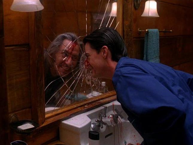 twin-peaks-finale-cooper-bob-mirror.png