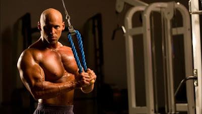 como entrenar triceps