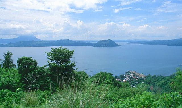 Tagaytay and Taal Volcano