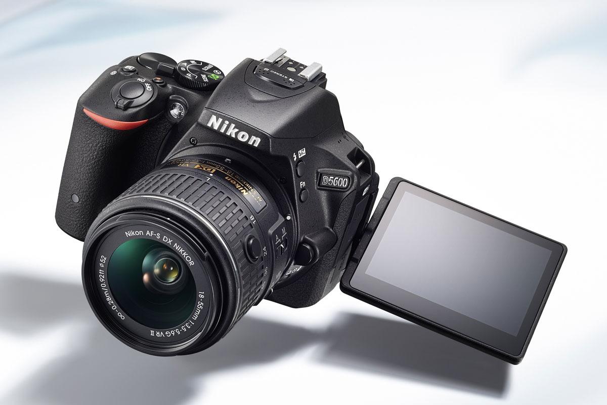 Возможный дизайн Nikon D5600