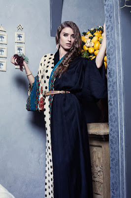 Simple and latest abaya designs in Pakistani
