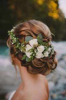 K'Mich Weddings - wedding planning - floral crown