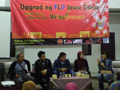 upgrading FLP Jawa Timur dan Milad FLP se-Dunia Malang, 6-8 Januari 2016. materi FLP dalam Sejarah Sastra Nusantara oleh Fauziah Rachmawati dan kejutan dari KMGP