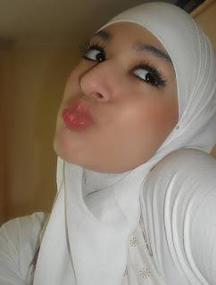 Cewek Jilbab Bersetubuh