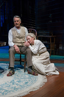 Long Day s Journey Into Night - One family s fall from grace