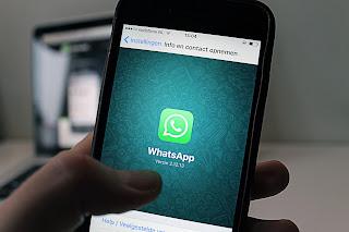 Fitur SMS yang digantikan oleh WhatsApp dengan 4 Kelebihan