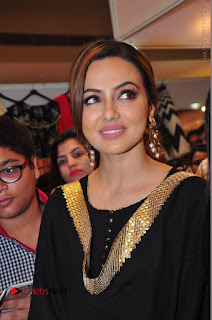Bollywood Actress Sana Khan Launches Aakrithi Exibition  0101.JPG