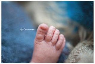 closeup of babies toes!