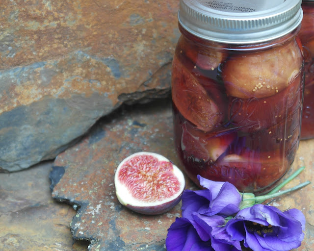 Fresh Figs Preserved in Sherry