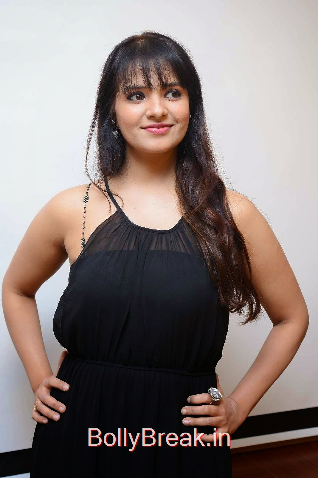 Tollywood Actress Saloni, Actress Saloni Hd Pics in Black Dress without Sleeve at GAMA