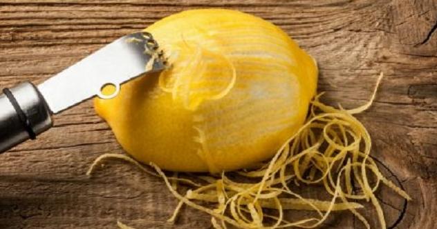 Να γιατί πρέπει να κοιμάσαι με ένα κομμένο λεμόνι στο κομοδίνο