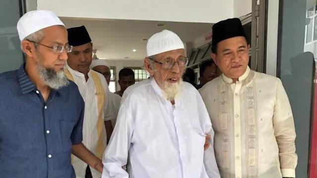 Pembebasan Abu Bakar Ba'asyir Disebut Sarat Kepentingan Politik