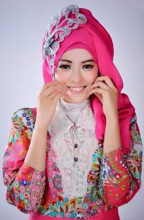 Contoh Kebaya Kombinasi Hijab