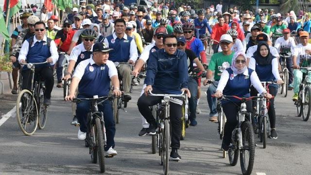 Menpora Lepas Peserta Sepeda Nusantara Etape Kebumen
