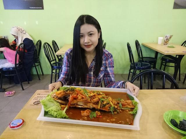 Warung Makcik Kiah