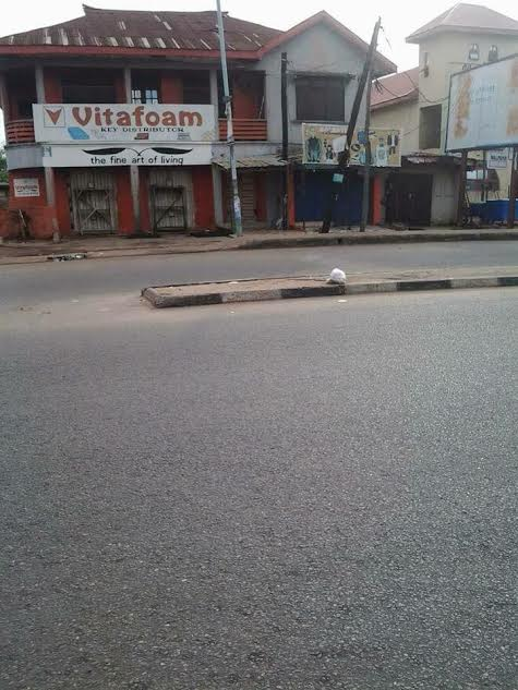 """e - Photos: Streets deserted as South East residents obey IPOB leaders """"Sit at home"""" order"""