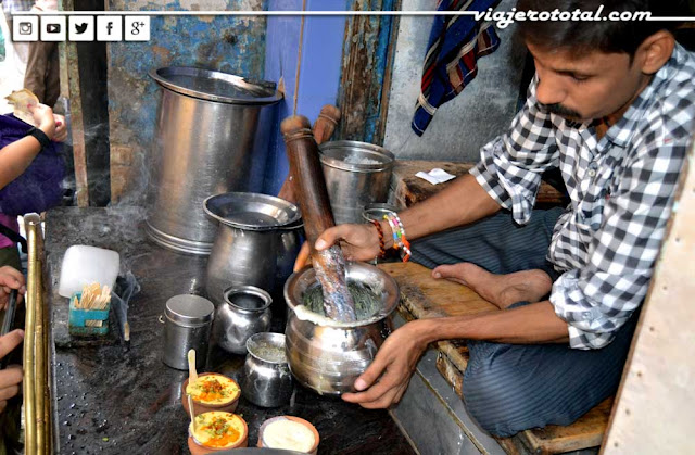 Blue Lassi Shop - Varanasi - Benares - India
