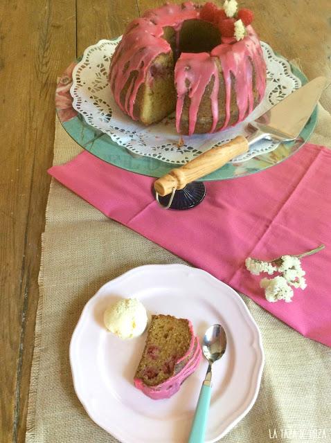bundt-cake-de-frambuesas-y-limón
