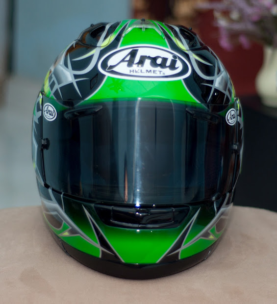 Prodaun Corner Limited Helmet Arai Okada Green