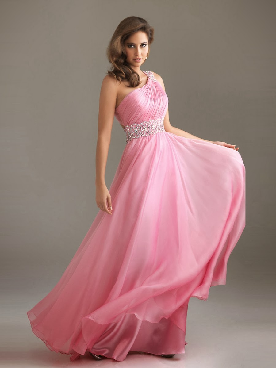Buy Affordable and Elegant Pink Bridesmaid Dresses For a Wedding