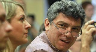 зачем власть «пляшет на могиле» Немцова, несмотря на имиджевые потери