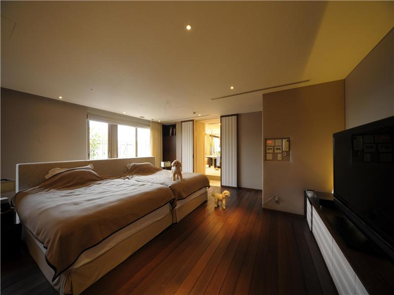 Passion for luxury most expensive one bedroom apartment for Five bedroom apartments