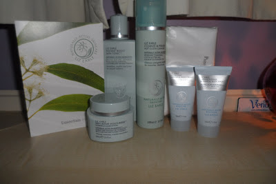 Liz Earle Skin Essentials Kit