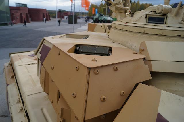 روسيا تطور نظام الحماية النشطة Arena-M للعمل علي كلا من T-72 و T-90 DSC00788