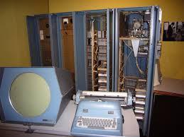 Gambar Komputer dari Generasi Pertama sampai sekarang