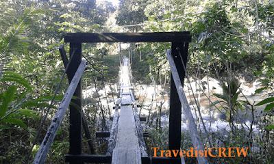 Kumpulan wisata alam kalbar menyajikan pesona yang begitu banyak, seperti air terjun, riam, bukit, dan gunung..riam sirin punti kab sekadau salah destinasi alam