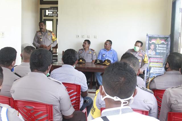 Adolof Bormasa dan Rombongan Polres MTB Kunjungi Polsek Wermaktian