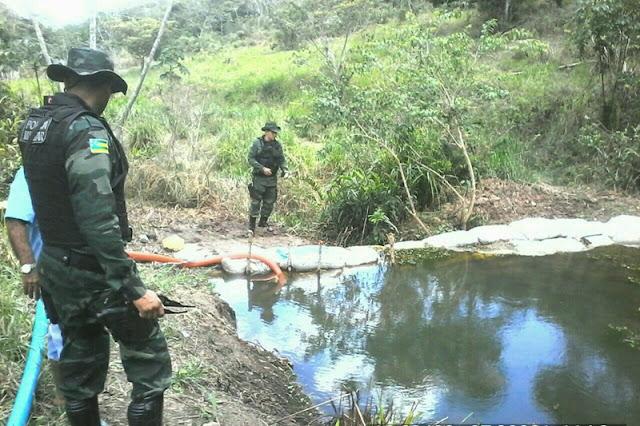 Policia flagra atividade ambiental ilícita em Malhador