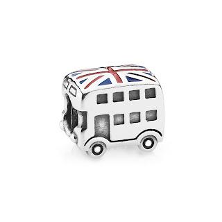 Pandora Union jack bus