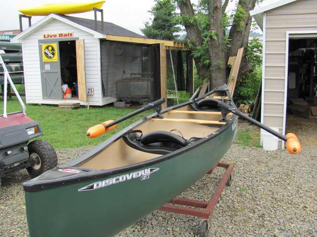 Sportsdealbox tips you should follow while canoeing for Kayak accessories for fishing