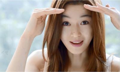 Jun Ji-hyun Artis Korea Selatan Paling Cantik dan Populer di Dunia