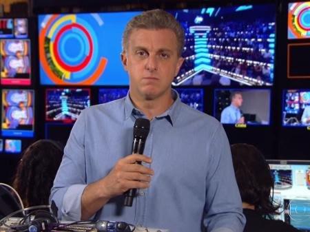 """Huck encerra Caldeirão com desabafo sobre Gugu: """"Senti pelas crianças"""""""