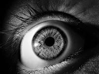 Mata Kedutan Bukanlah Sebuah Mitos Belakang