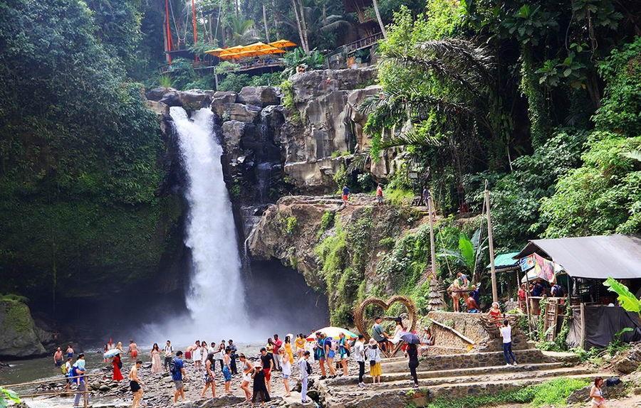 Daftar Air Terjun Populer di Bali