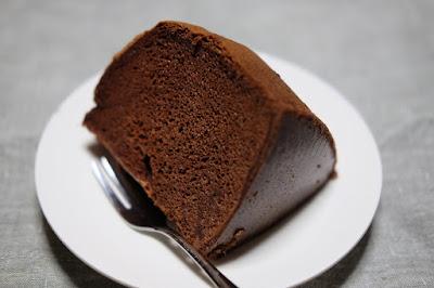 ひとつ石 バンホーテン ピュアココアのシフォンケーキ