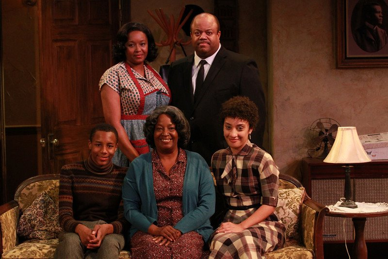 """The Groundbreaking Broadway Casting of Lorraine Hansberry's """"A Raisin in the Sun"""""""