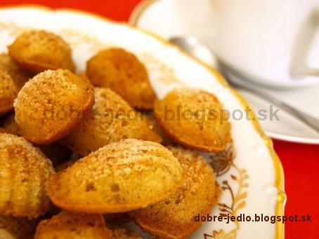 Jednoduché orechové koláčiky - recepty