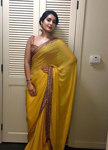 Raashi Khanna latest Saree HD Stills