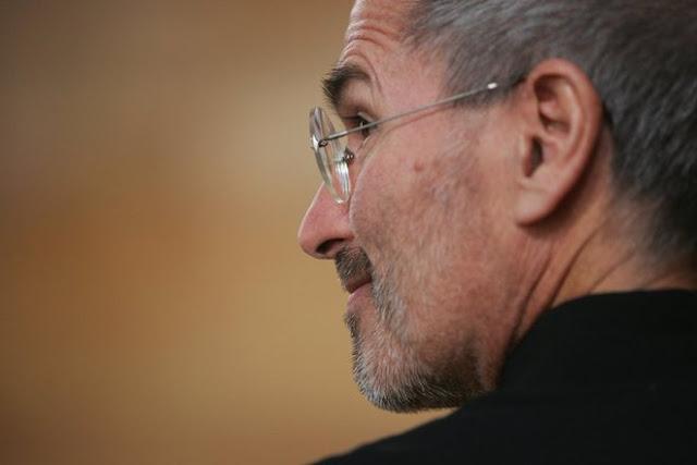 Steve-Jobs-Sladar